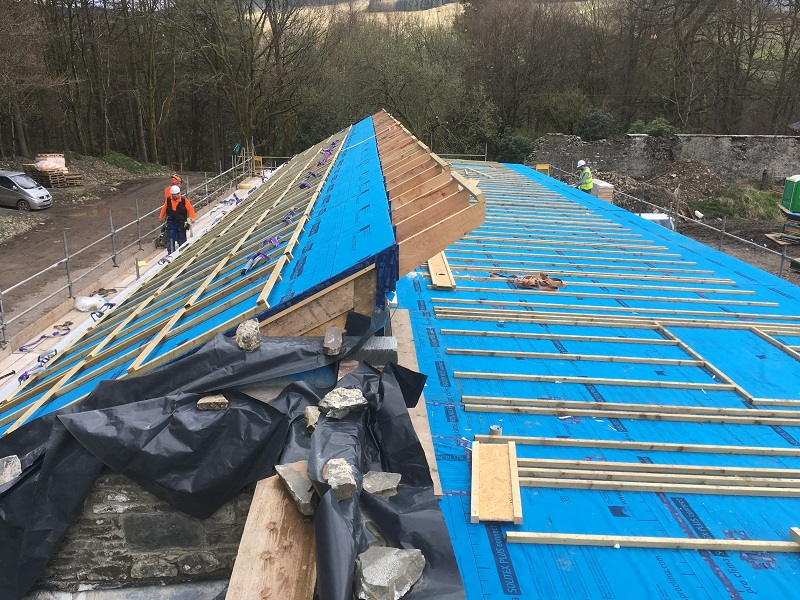 Sloping roof and flat roof in Cabercoorie, Moffat
